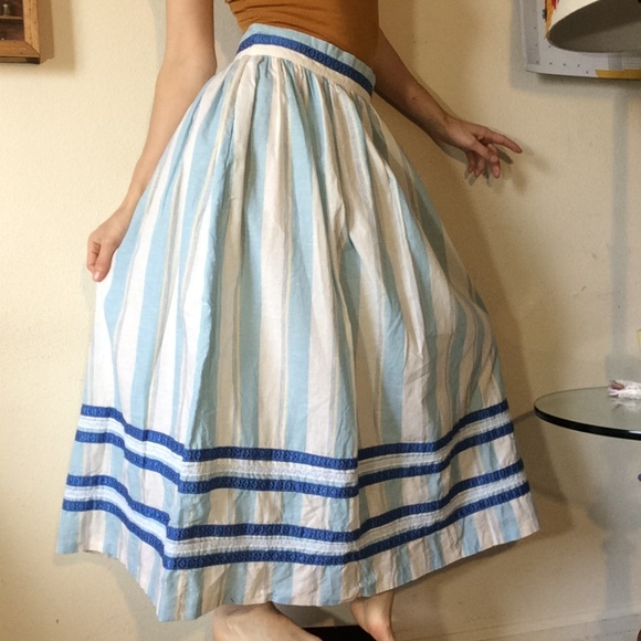 Vintage Dresses & Skirts - Vintage Original Alphorn Cotton Blue Swiss Skirt